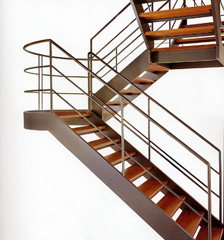 Лестница междуэтажный наружная
